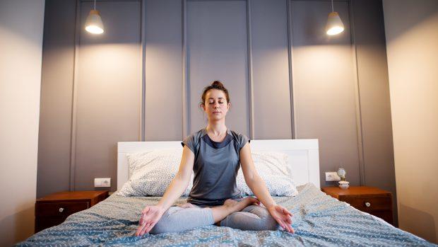 Meditazione mindfulness: la pratica dolce per combattere l'insonnia