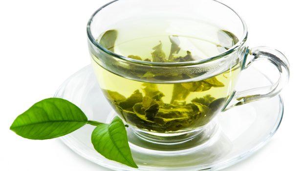 Il tè allunga la vita. Ma verde è molto meglio che nero