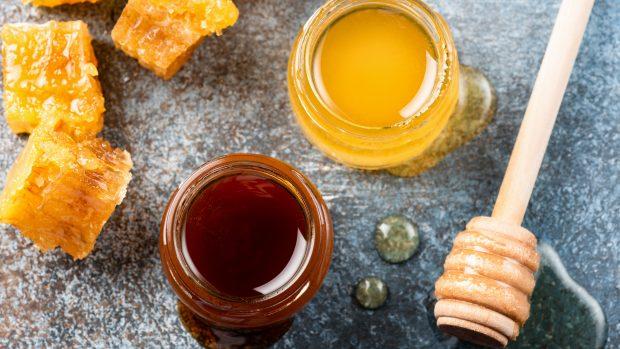 Miele: antibatterico naturale perfetto per gli sportivi e per tenere lontana l'influenza
