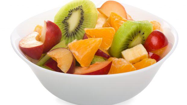 """Frutta in sostituzione di un pasto? Il nutrizionista: """"Va benissimo, meglio ancora con un po' di avocado"""""""