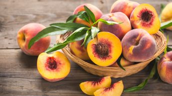 Pesche: vitamine, antiossidanti e sali minerali.