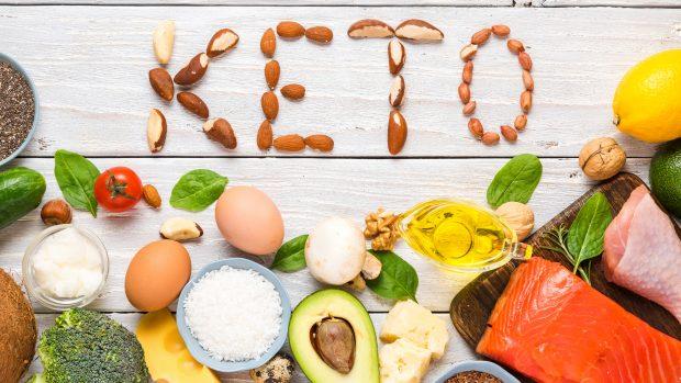 """Dieta chetogenica e Covid-19, il virologo Pregliasco: """"Troppi zuccheri sono un elemento di rischio, ma attenzione alle controindicazioni"""""""