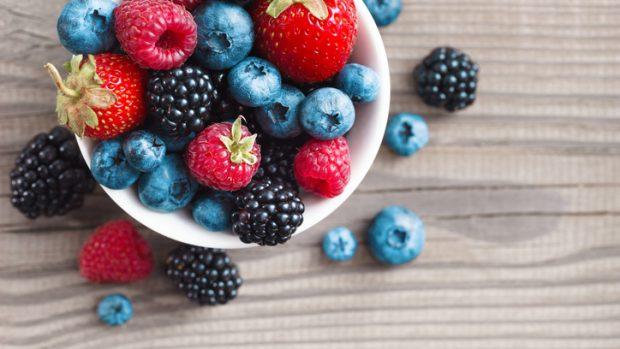 Antociani, gli antiossidanti che contrastano (anche) la cellulite