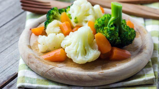 """Verdure, meglio crude o cotte? La nutrizionista: """"L'ideale è alternare. Ma alcune..."""""""