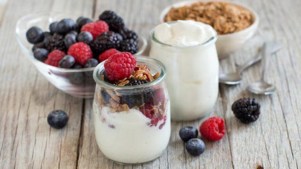Yogurt: un alleato delle difese immunitarie ricco di proteine
