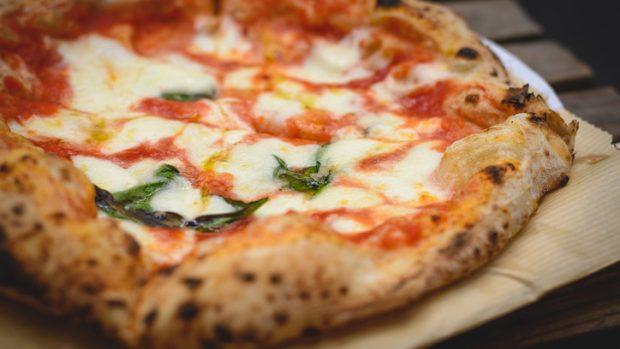 Pizza anche a dieta: ecco quali sono le più leggere