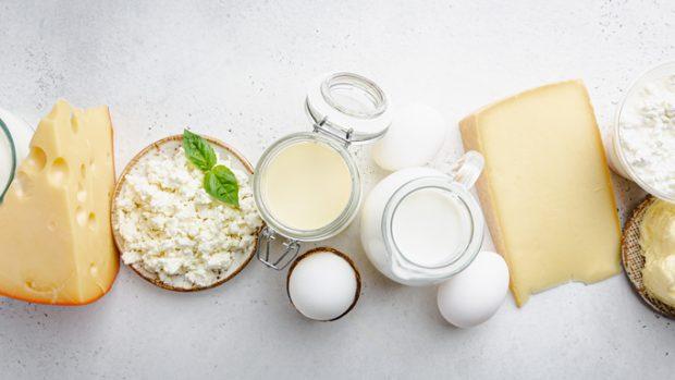 """Dieta senza latticini? La nutrizionista: """"Ecco perché è meglio di no. Soprattutto se siete sportivi"""""""