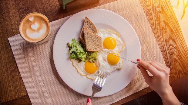 Colazione proteica, per dimagrire è meglio?