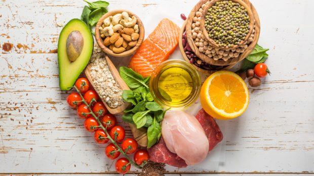 La dieta per il cuore: i cibi che proteggono dal rischio cardiovascolare