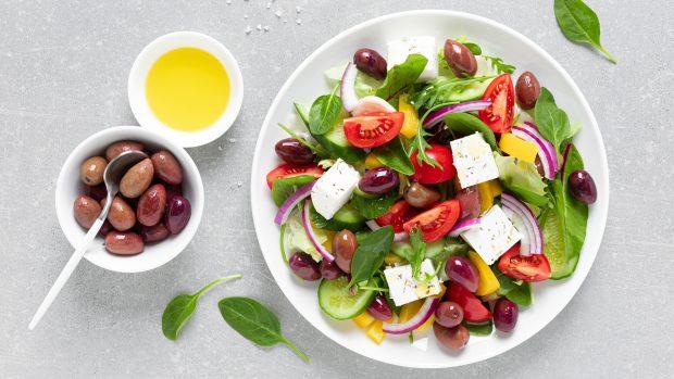 Insalata a prova di dieta: gli errori da evitare e i consigli del dottor Sorrentino