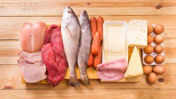 Proteine, i rischi di una dieta iperproteica che elimina i carboidrati