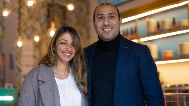 Rana Edwars con Michael Nazir Lewis